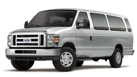 15 Passenger - Ford E-350 - XLT